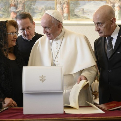 PHOTO STORY: Pope Francis receives in audience Maltese President Marie-Louise Coleiro Preca