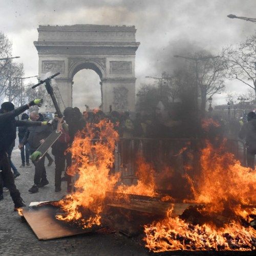 UPDATED: Violence in the streets of Paris during Yellow Vest protest