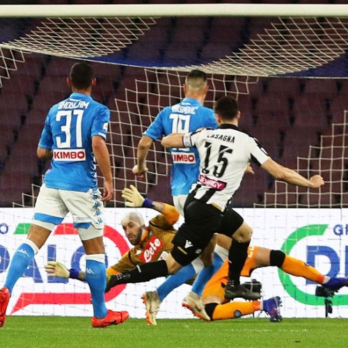 Tension at the San Paolo stadium as Napoli's goalkeeper faints during match against Udinese