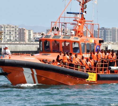 Spain reports drop in illegal immigration by sea