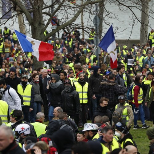Sixteenth consecutive week of demonstrations by France's Yellow Vests