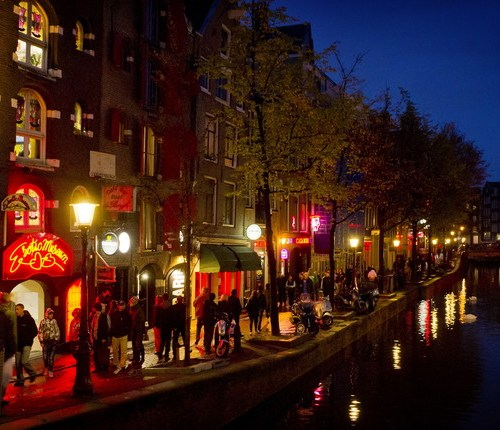 Plans to overhaul Amsterdam's red-light district