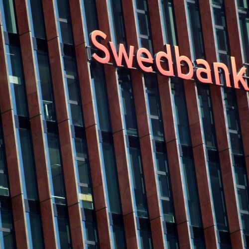 Swedbank fires CEO and financial director of Estonian operations following money laundering allegations