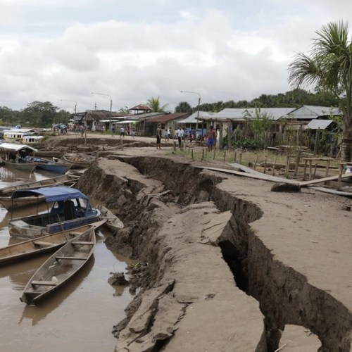 Photo Story: The aftermath of the 8.0 magnitude earthquake in Peru