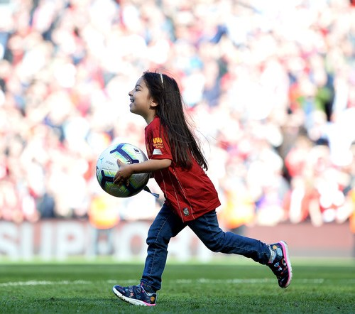 Photo Story – Liverpool players celebrate end of Premier League with families