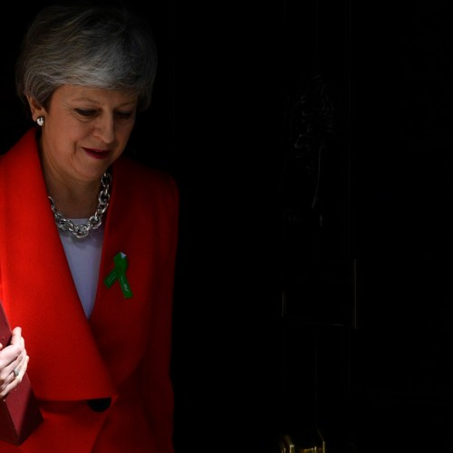 Theresa May's departure from the leadership of the Conservative party to be set after June's Brexit vote