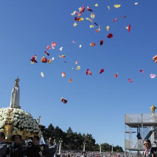 Photo Story: Fatima's 13 May annual pilgrimage