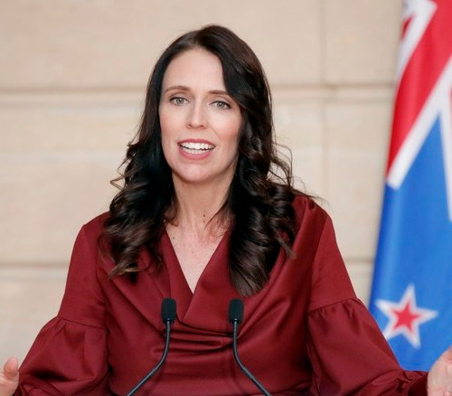 New Zealand's Ardern spoke to Queen on pandemic response