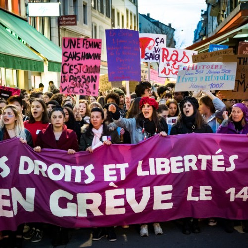 Women to strike in Switzerland for equal pay and end of domestic violence
