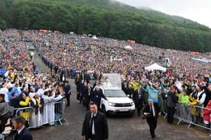 Pope Francis visit to Marian shrine at Sumuleu Ciuc