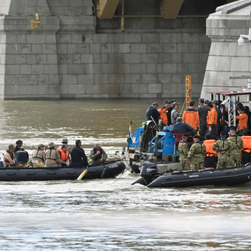 Ongoing search and rescue operations at the Danube