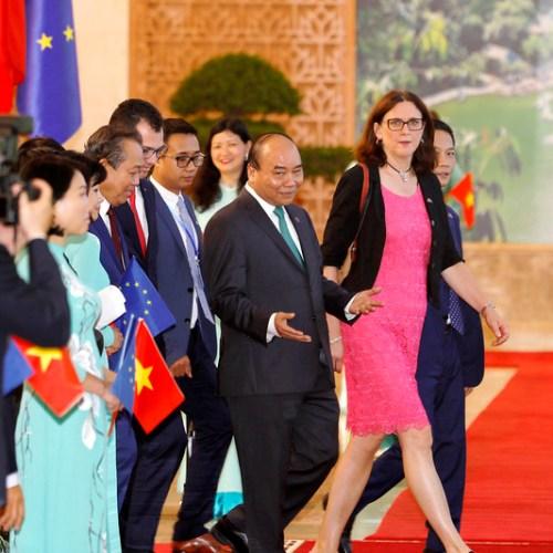EU and Vietnam sign free trade deal