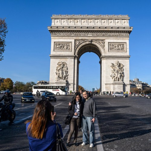 Paris wants to ban tourist buses from city centre