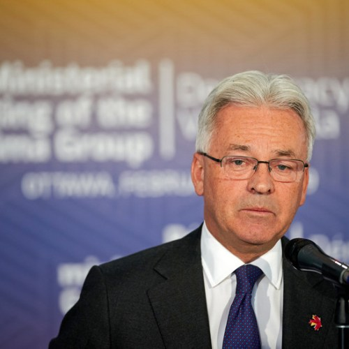 Sir Alan Duncan resigns from government to be able to request no confidence motion in the next British PM