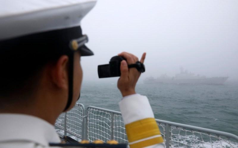 Chinese warship heads toward U.S.-Australia war games