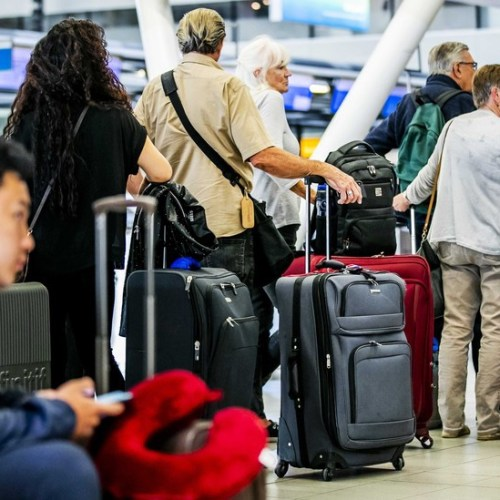 Major EU airlines agree to refund passengers after pandemic flight cancellations