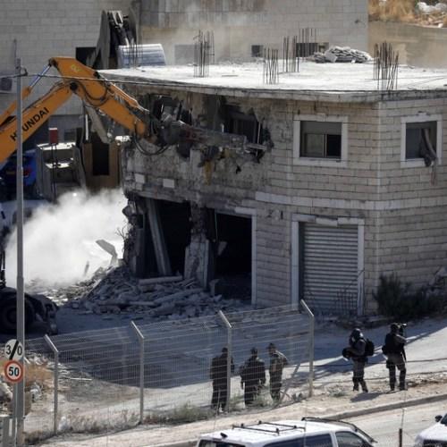 Photo Story: Israel demolishes Palestinian homes on Jerusalem outskirts