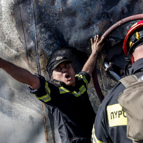 Major blaze near Athens contained