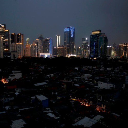 Huge power black-out hits Indonesian capital
