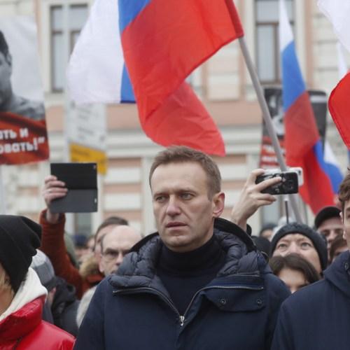 Kremlin critic Navalny's offices raided