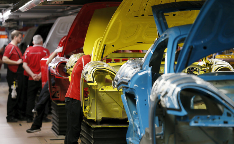 German auto makers can't build hundreds of thousands of cars due to chip shortages – Altmaier