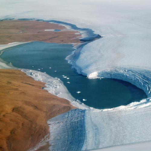 Greenland's Humboldt Glacier exposes layers of ice from ancient climate periods