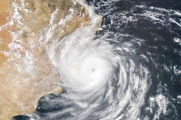 Tropical Cyclone Hikaa hits Oman