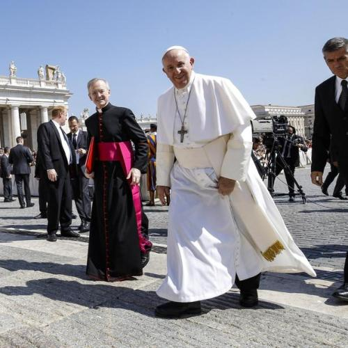 Euthanasia and assisted suicide trade dignity for false compassion – Pope Francis to Medical Doctors