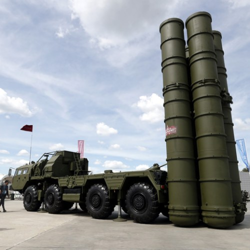 Russia sends state-of-the-art air defence system to Serbia
