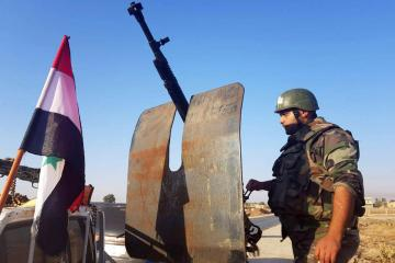 Syrian army steps up offensive in restive southern city