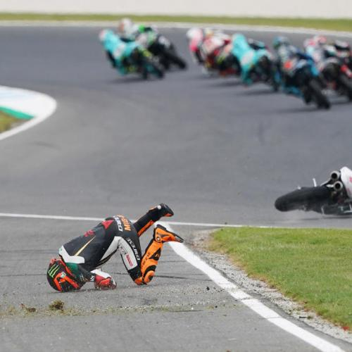 Photo Story – Moto 3 Andrea Migno crashes during Australian Grand Prix