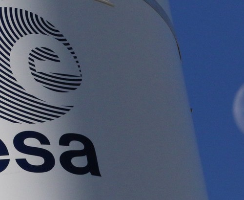 European Space Agency approves record budget, preparing to send Europeans to the moon