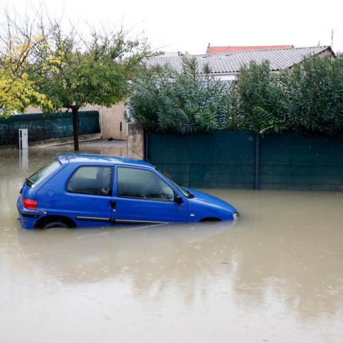 Deadly weather hits France and Italy