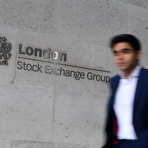 Banks, funds propose shorter trading day in Europe