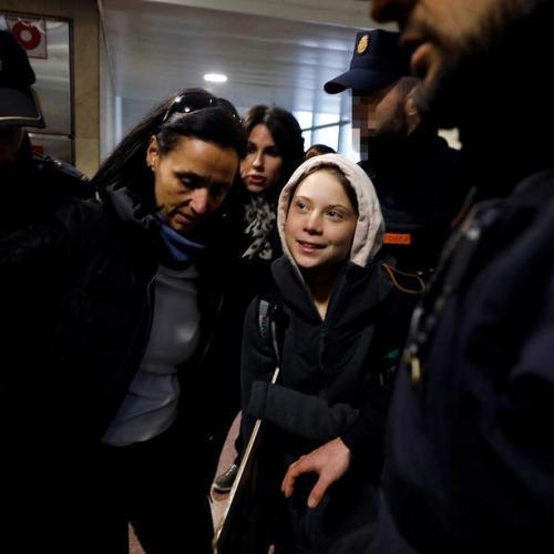 Greta Thunberg arrives in Madrid for COP25