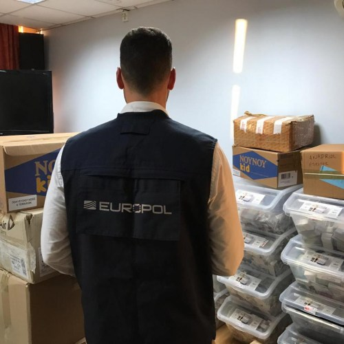 Crime gang makes over €2 million trafficking illegal steroids worldwide