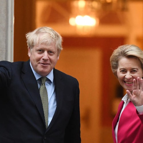 UK public wants to remain in EU, new poll finds weeks before withdrawal date