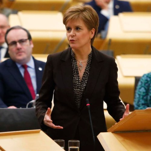 Scottish parliament votes to hold new independence referendum