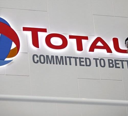 Total to move financial hub from London to Paris after Brexit