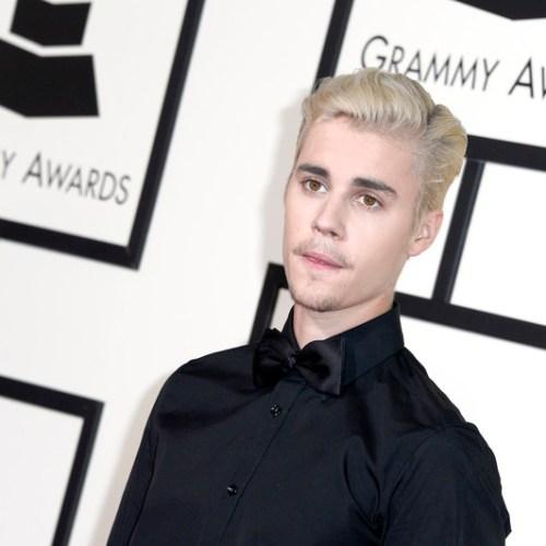Singer Justin Bieber reveals he has Lyme disease