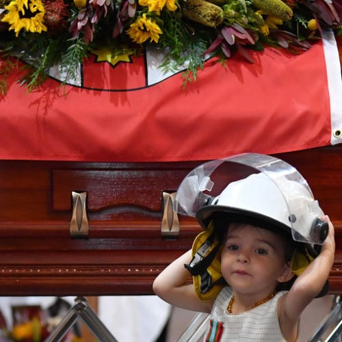 Fitting tribute to firefighter who died battling bushfires