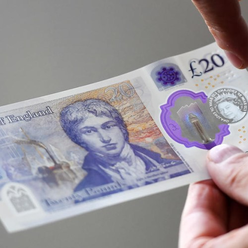 New £20 note enters circulation in the UK