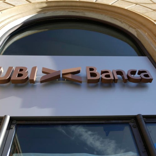 Intesa Sanpaolo bid to take over rival UBI Banca