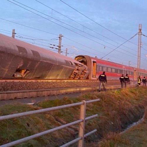 Two dead, 30 injured as Frecciarossa high-speed train derails along Milan – Bologna line