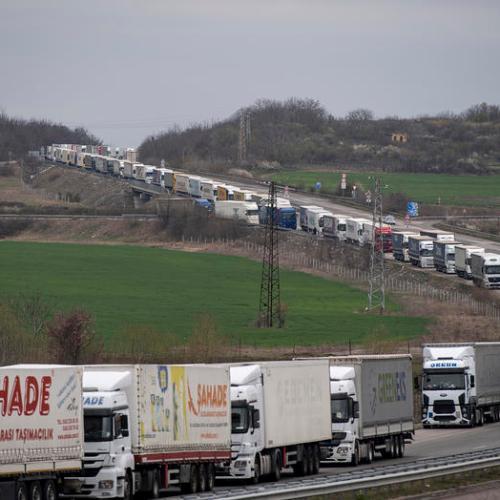 Truckers blocked on border between Bulgaria and Turkey