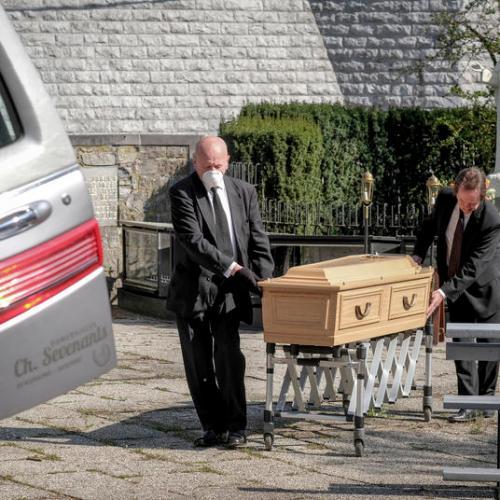 325 new deaths recorded in Belgium
