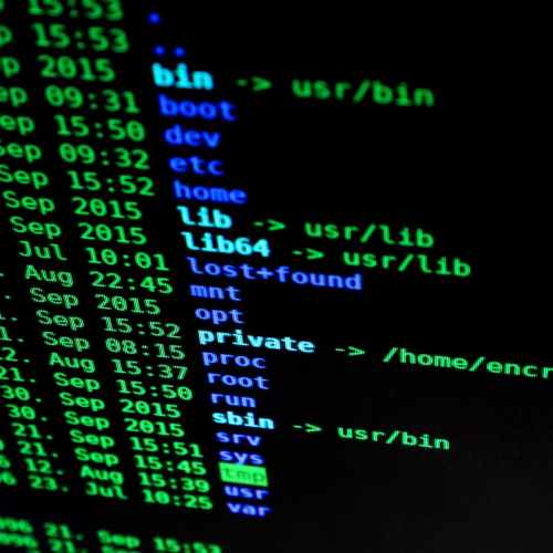 US says Chinese hackers might be targeting virus researchers