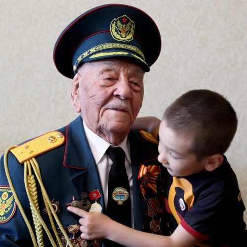 Ex-Soviet Union celebrates victory over Nazi Germany