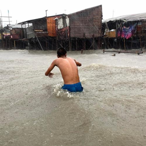 Photo Story: The Philippines battered by Typhoon Vongfong