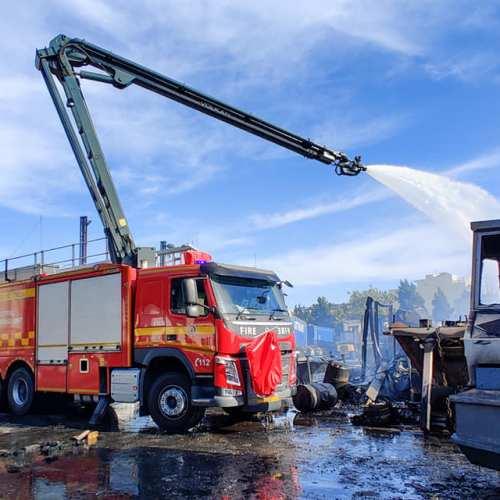 Malta – No injuries as fire engulfs industrial yard in Qormi
